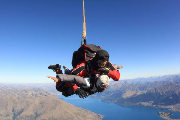 Asad Skydiving - New Zealand
